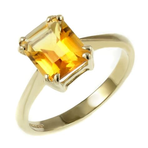 9ct yellow gold 9x7mm emerald cut citrine ring