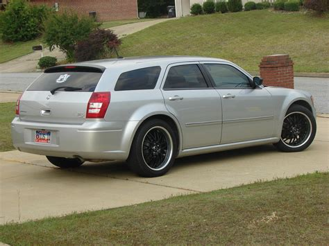 how to learn about cars 2008 dodge magnum parking system 41mag 2008 dodge magnumsxt sport wagon 4d specs photos modification info at cardomain