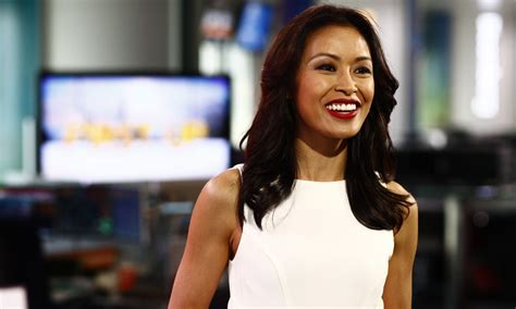 bloomberg news anchor women sexy angie lau named lead anchor for bloomberg tv asia