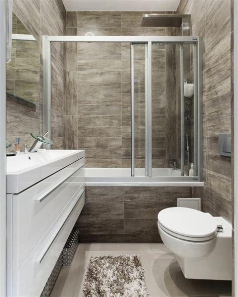 badewanne maße dla ludzi z wnętrzem triki na małą łazienkę