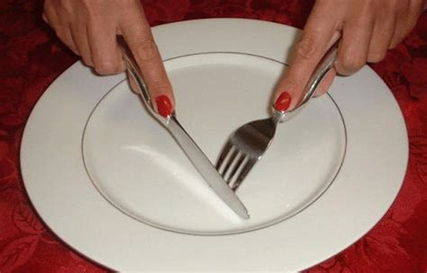 why is table etiquette important why understanding dining etiquette is important