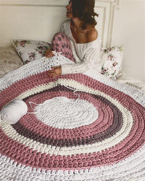 como hacer alfombra trapillo alfombra de trapillo en rosa blanco y topo www susimiu es