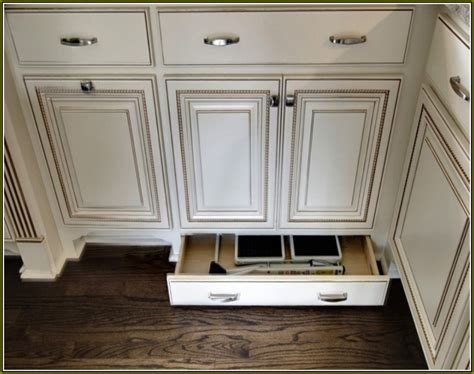 kitchen cabinet hardward the different types of dresser hardware pulls dressers out