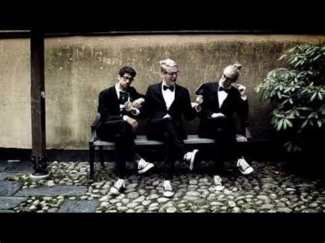 rap song swing movits fel del av g 229 rden officiell youtube