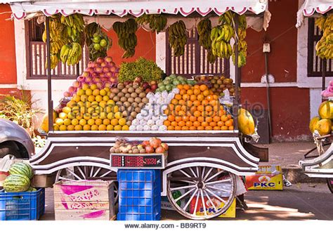 fruit vendor fruit vendor stock photos fruit vendor stock images alamy