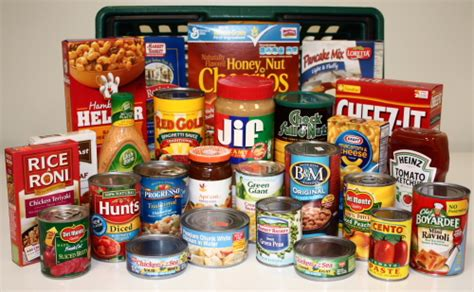 Foods With The Shelf thanksgiving food collection for the congregational