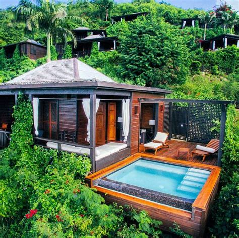 25 best ideas about tropical houses on