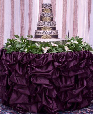 eggplant colored table linens 1276 best table design linens chairs images on