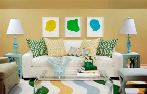 how to decorate couch with throw pillows accent couch and pillow ideas for a cool contemporary home