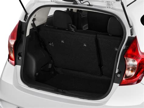 nissan note interior trunk image 2017 nissan versa note s plus cvt trunk size 1024