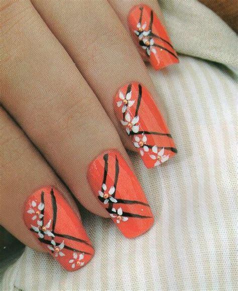 imagenes de uñas pintadas a mano faciles como hacer manicure margaritas belleza y peinados