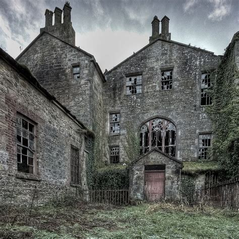 2 abandoned mansions of ireland ii more portraits of forgotten stately homes books co tyrone northern ireland ireland