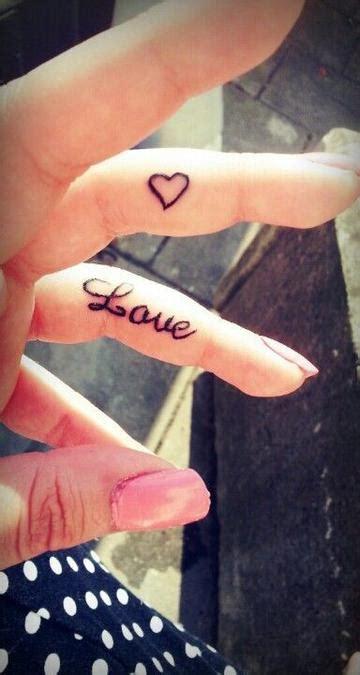 女生爱心手指纹身 图片大全 高清 图库 回车桌面