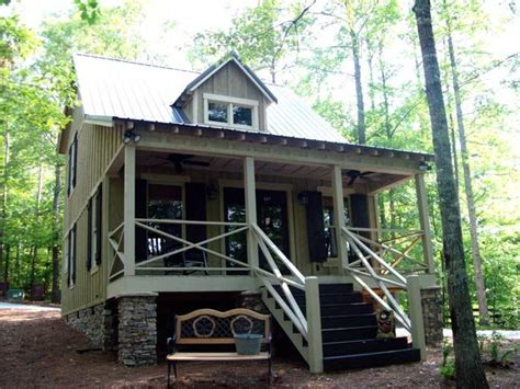 small cabin style house plans small guest house plan design cabin living pinterest