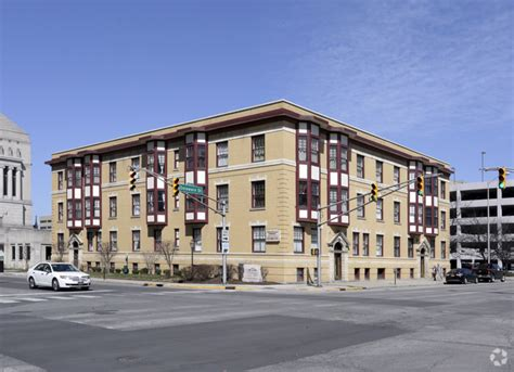 the delaware apartments indianapolis downtown colonial apartments rentals indianapolis in