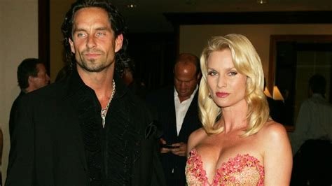 nicollette sheridan fiance the dark side of the desperate housewives cast