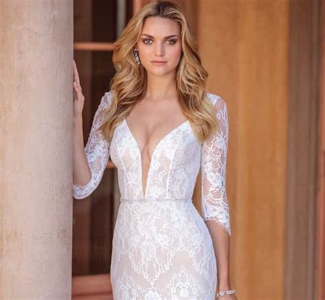 Wedding Dress by Wedding Dresses