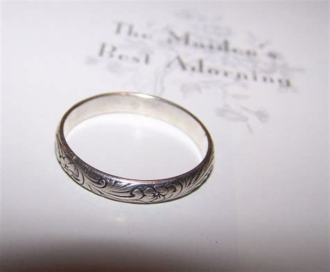 vintage silver floral scroll engraved etched band ring