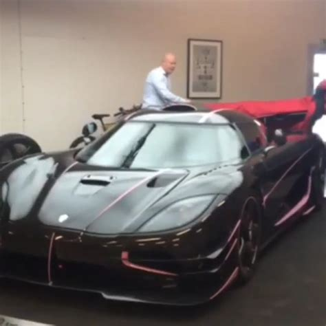 koenigsegg pink koenigsegg one 1 with pink details for rich customer in china