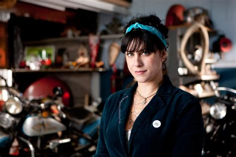 photos american pickers danielle colby shows starcasm danielle colby cushman talks about the history channel