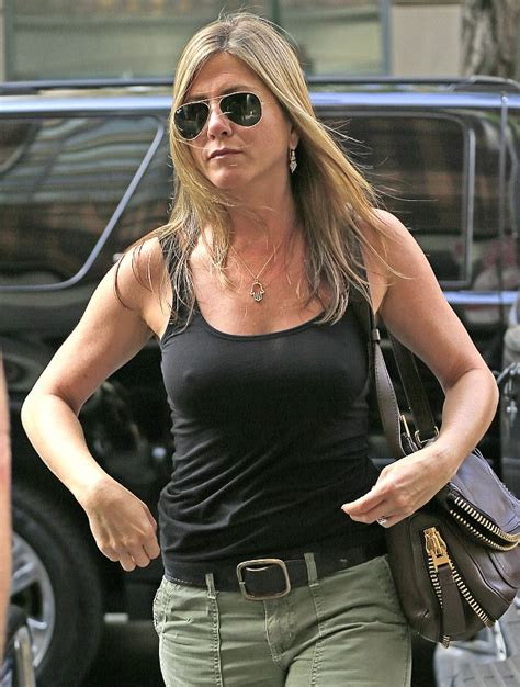 Jennifer Aniston and Justin Theroux escape New York City