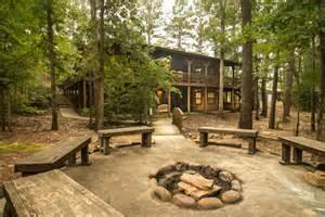 Cabins rustic patio sophisticated decor idea in oklahoma