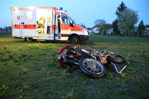 Motorrad Fahren Bei 10 Grad by B300 Babenhausen Motorradfahrer 252 Berschl 228 Gt Sich