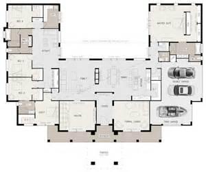 3 Car Garage Home Plans Best 20 U Shaped House Plans Ideas On Pinterest U