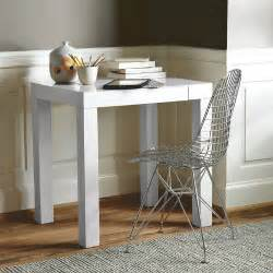 Small White Desk Table Four Things I M Loving Now Da White Mauishopgirl