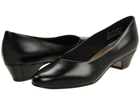 office career shoes womens wide width ww