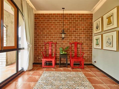 dinding batu bata sebagai focal point  rumah