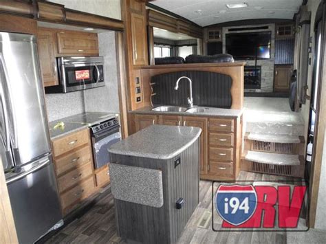 montana front living room fifth wheel 2015 keystone rv montana 3711 fl front living fifth wheel rv 5th wheel go gling awesome