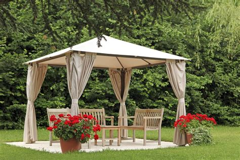 A Guide For Buying A Pergola To Create Private Coves In Buy A Pergola