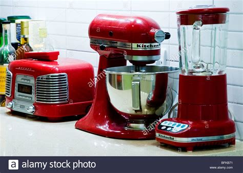 red retro kitchen appliances   worktop  kitchenaid