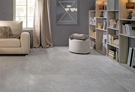 tegelhuis gieten licht grijze rustige betonlooktegel in 75x75 03 de