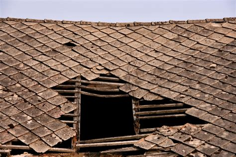 House Roof Repair Should You Repair Your Roof Or Sell As Is Redfin