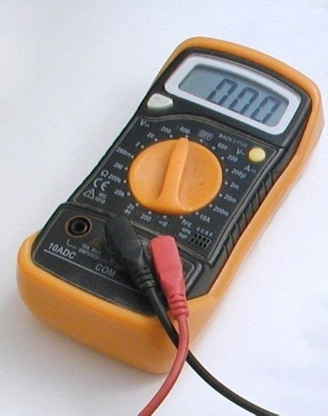 how to measure resistance multimeter how to use a multimeter dmm to measure voltage current and resistance home wire and how to use