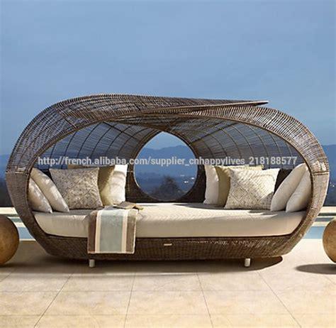 chaise longue salon de jardin