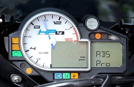 Motorrad Rennen Bremse by Kurven Abs F 252 R Bmw Hp4 Tourenfahrer