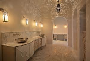 Spanish revival and moroccan styles in the luxurious master bathroom