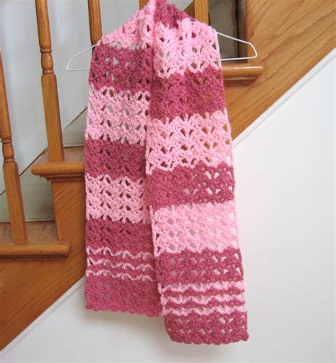 raspberry swirl crochet scarf allfreecrochet