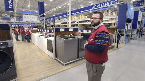 lowes emporia va economical retail brick and mortar retail turns to cost