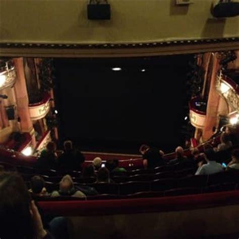 best seats gielgud theatre gielgud theatre 36 photos 34 reviews theatres 35
