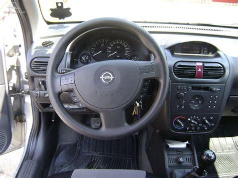 Vand Opel Corsa C 1 2 Din 2002
