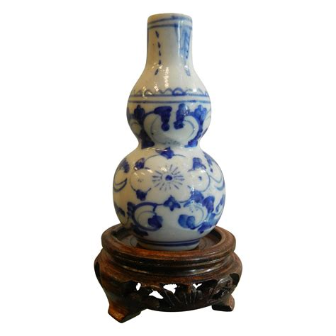 asian vase asian vase stand thumbnailed pictures