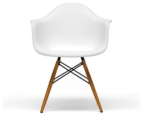 Mid Century Modern Plastic Chairs by White Plastic Mid Century Modern Shell Chair Set Of 2