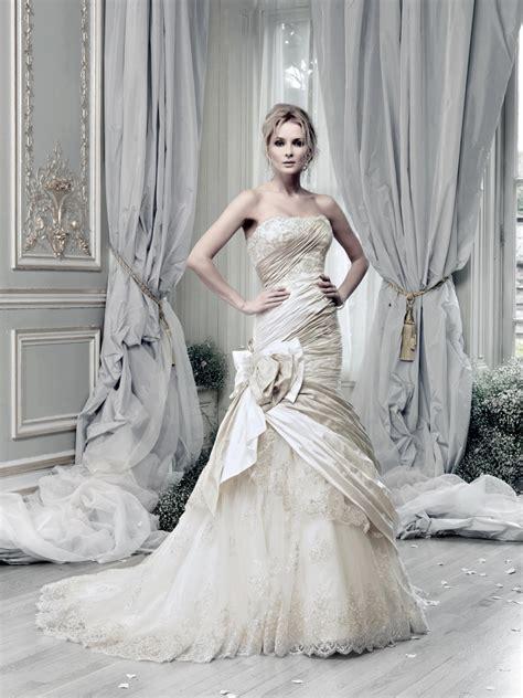 Ian Stewart Wedding Dresses by Ian Stuart Wedding Dress Carousel