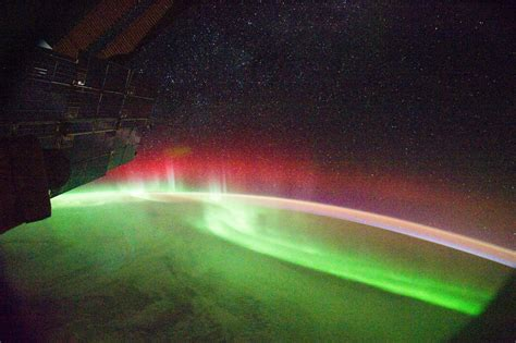auroras from space pictures the dragon s tales aurora from space pic
