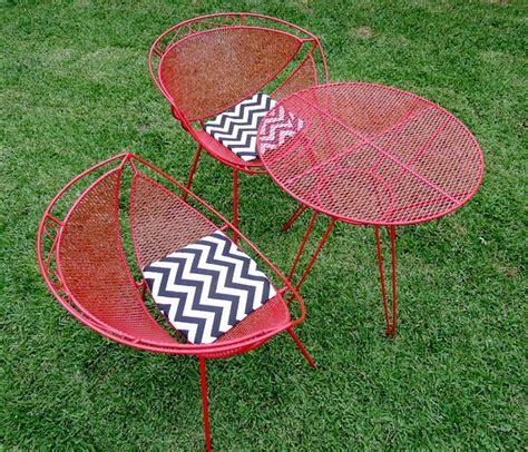 Retro Patio Table Retro Metal Patio Table Outdoor Decorations