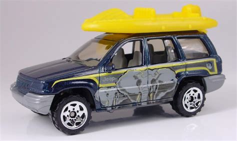 matchbox jeep cherokee mb442 jeep grand cherokee with raft